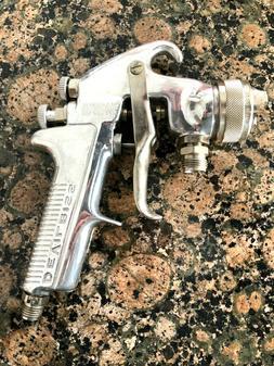 DeVilbiss- JGA-502 Pressure Paint spray gun Binks